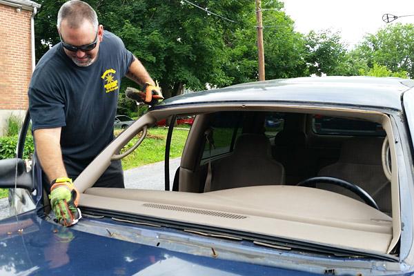 preppind Dakota windshield replacement